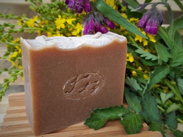 Krmešák Kostihoj s Repíkom - prírodné bylinkové mydlo