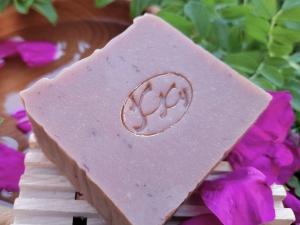 Krmešák Ruža- prírodné bylinkové mydlo